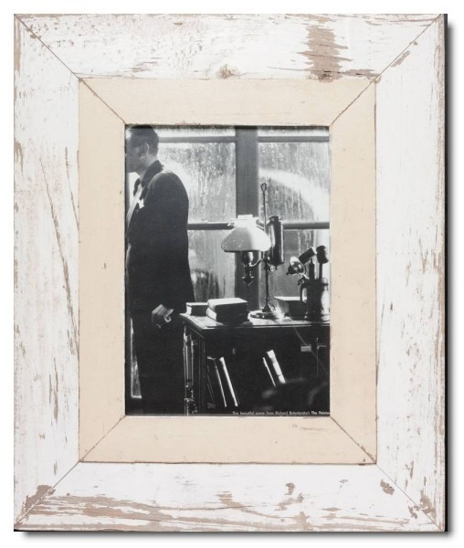 Breiter Bilderrahmen aus recyceltem Holz für Fotogröße DIN A4 von Luna Designs