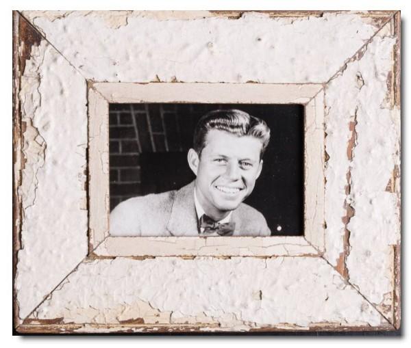 Breiter Bilderrahmen aus recyceltem Holz für Fotoformat DIN A5